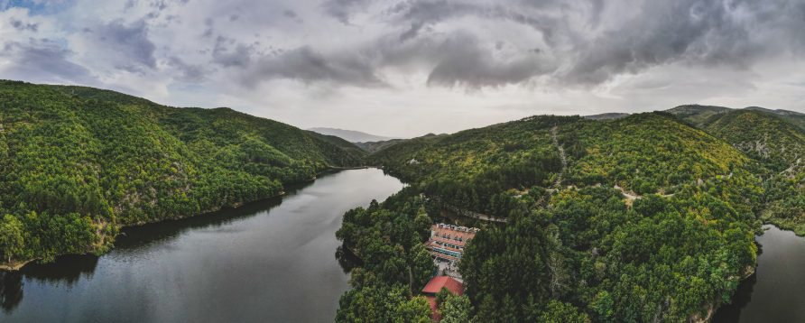 Езеро Градче